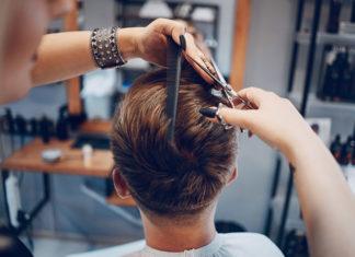 Jakich błędów unikać prowadząc salon fryzjerski?