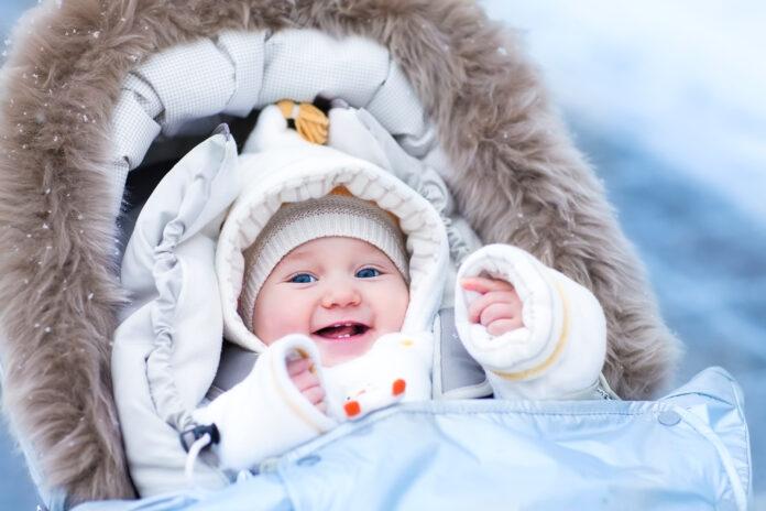 kombinezon dla niemowlaka - który będzie dobry na zimę?